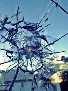 glass_broken_break