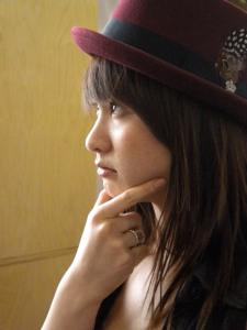 girl_thinking